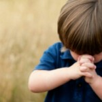 child praying 150x150 - 'A ride for a ride' Dutch driving instructors can be paid with sex!