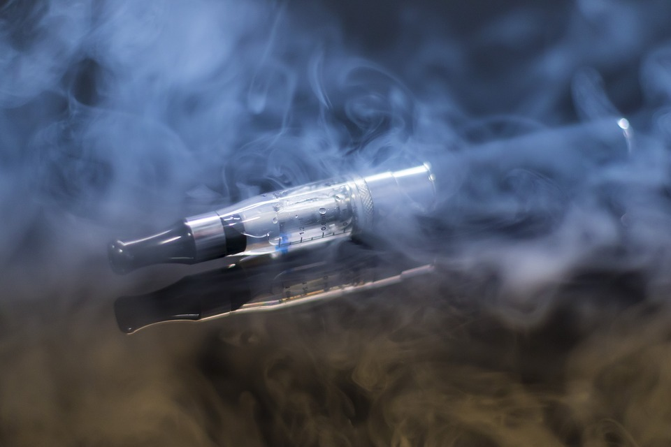 e cigarette 1881957 960 720 - E-Cigarettes Are Not Safe As You Think Results Are Shocking