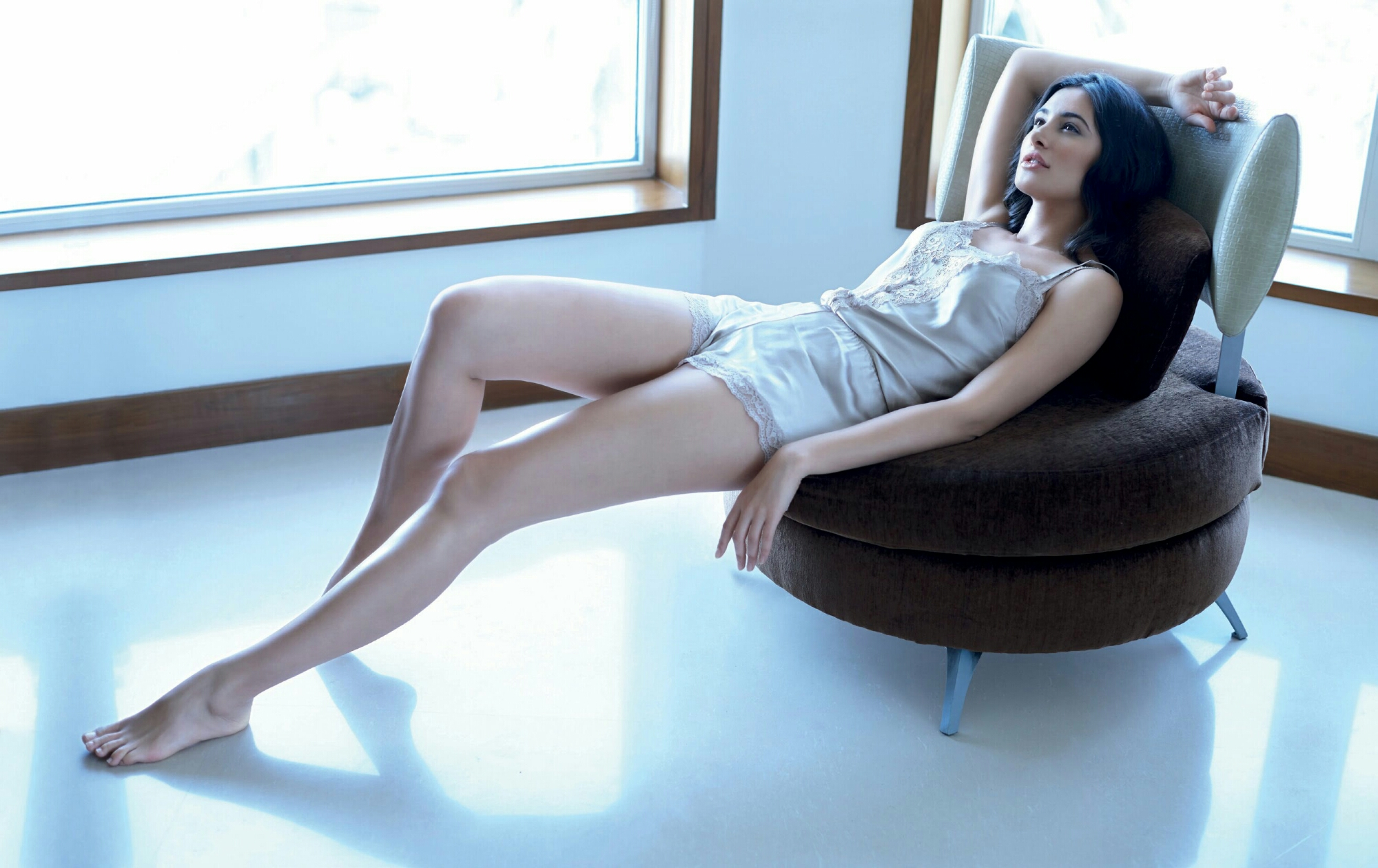 maxresdefault7 - Hottest legs in Bollywood! Tall actresses in Bollywood