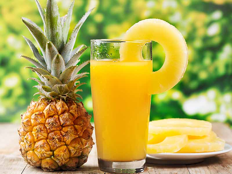 pineapple juice 2 - How To Clean Your Lungs Naturally