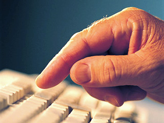 typing - Typing slowly may enhance your writing skills:study
