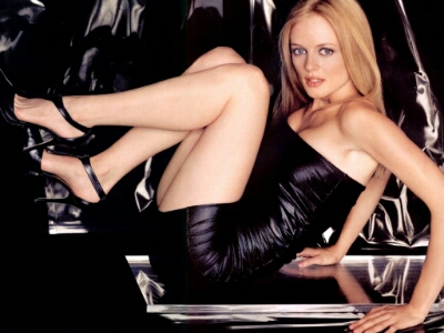 17 Hottest actresses who've gone nude many times