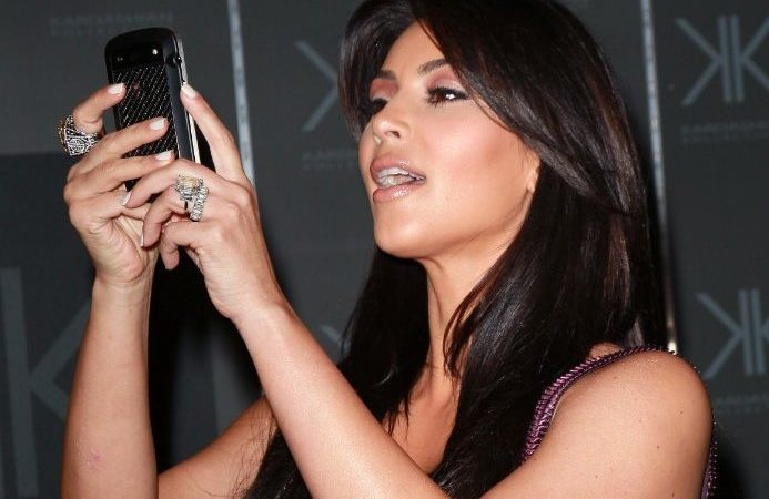 bonus-kim-kardashian-buys-up-blackberry-phones-on-ebay-because-shes-afraid-theyll-go-extinct