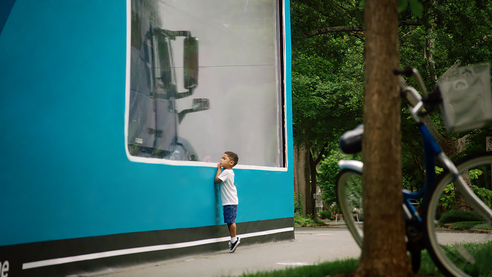 2 51 - 'World's Largest Unboxing' 3-Year-Old Kid Sets Guinness World Record With Volvo Truck