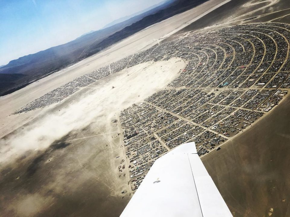 21147393 271367860025962 1362152245180760064 n Copy - Burning Man 2017: Stunning Photos From The World's Craziest Festival