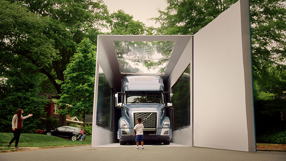 3 51 - 'World's Largest Unboxing' 3-Year-Old Kid Sets Guinness World Record With Volvo Truck