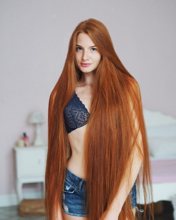 20347452 110640212930491 8755686532527947776 n - Meet The Beautiful Real Life Redhead Rapunzel Anastasia Sidorov