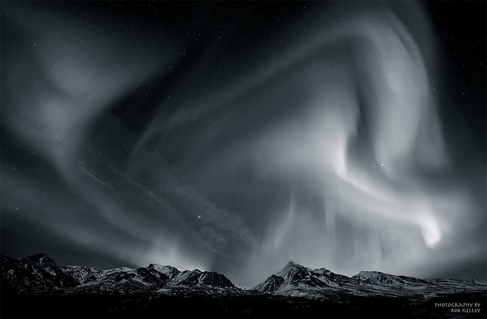 12 16 - Incredible Dazzling Night Sky Photos By Astro Photographer Brad Goldpaint