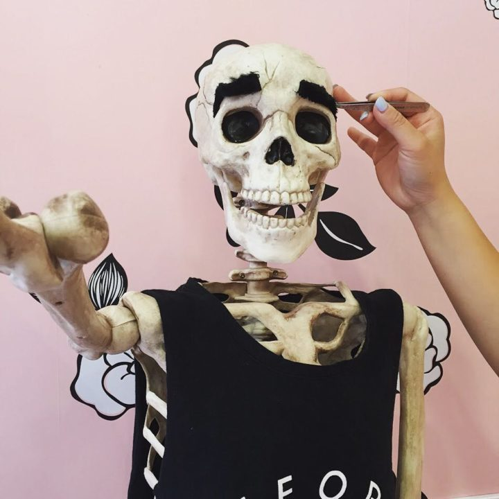 13320219 525788867605913 392768897 n 720x720 - Meet Skellie: A Skeleton That Mocks Instagram Girls Photos And Its Damn Hilarious