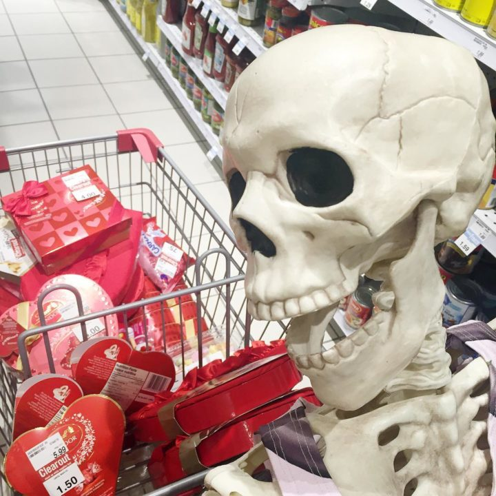 16906978 634450476760926 7677381692323004416 n 720x720 - Meet Skellie: A Skeleton That Mocks Instagram Girls Photos And Its Damn Hilarious