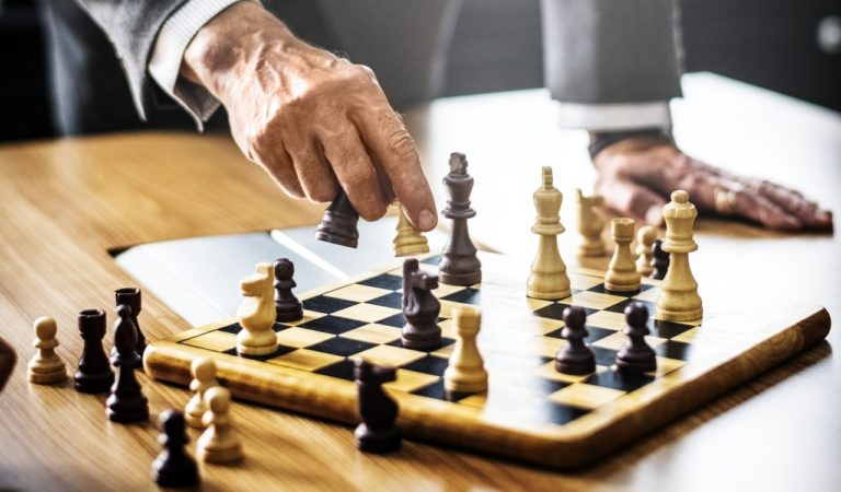 Win Chess In Two Moves 'Foolsmate'