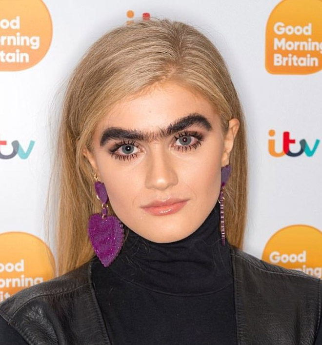 unibrow1 - Model Shows Her Unibrow On Instagram-Starts The Weird 'Unibrow Movement' On Instagram