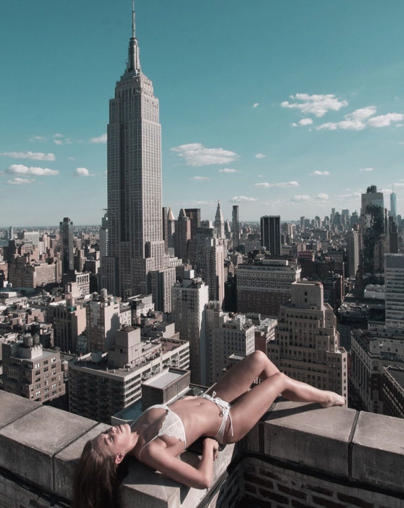 death defying and Daring photographs Nude Photos