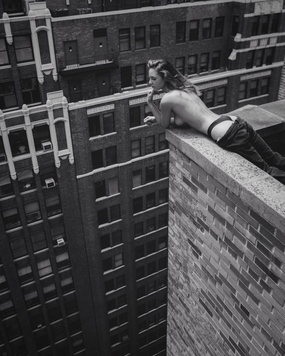 Death defying and daring nude photos