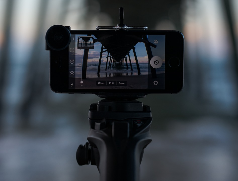 monopod 846082 960 720 - 10 Tips To Create Professional Looking Videos With Your Smartphone