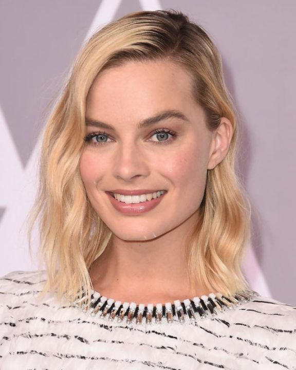 26869294 932597983569263 7814684564051197952 n - Margot Robbie's Stunt Double Reveals The Things Everyone Wants To Know About Her
