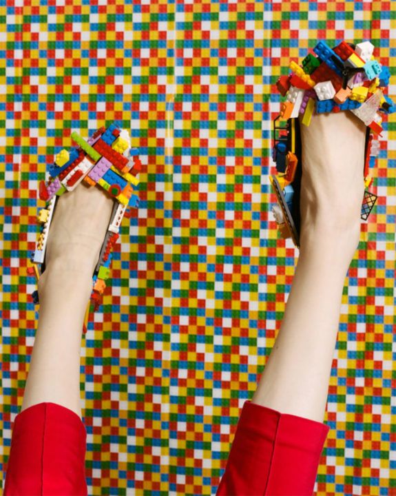 4 4 - Photography Duo Blended Art, Beauty And LEGO In This Creative Lego Photoshoot