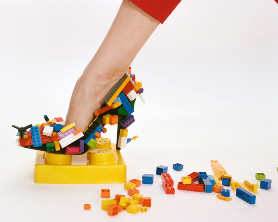 5 4 - Photography Duo Blended Art, Beauty And LEGO In This Creative Lego Photoshoot