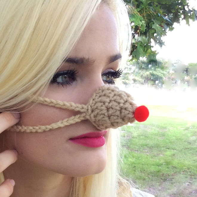 nose warmer3 - Is Your Nose Always Cold? Then Try Nose Warmers To keep Your Nose Warm
