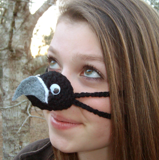 nose warmer6 - Is Your Nose Always Cold? Then Try Nose Warmers To keep Your Nose Warm